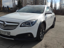 Opel Insignia Country Tourer 2.0D AWD Auto